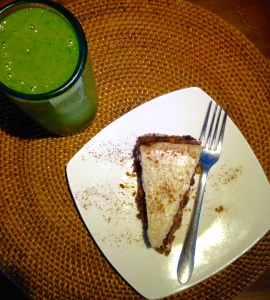 Green Smoothie with gluten free carrot cake from Sage